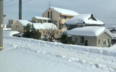 本日は石川県加賀市内で発生した積雪の影響で被害を受けたご自宅を火災保険を活用した軒樋工事